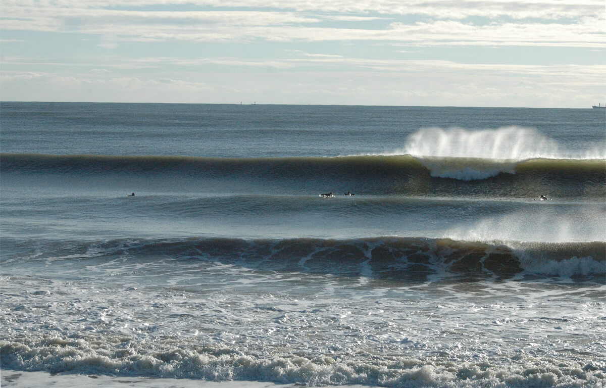 Estaría bien poder disfrutar de un Mazagón limpio y con olas