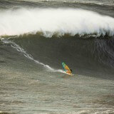 jason-polakow-windsurfs-nazare-big