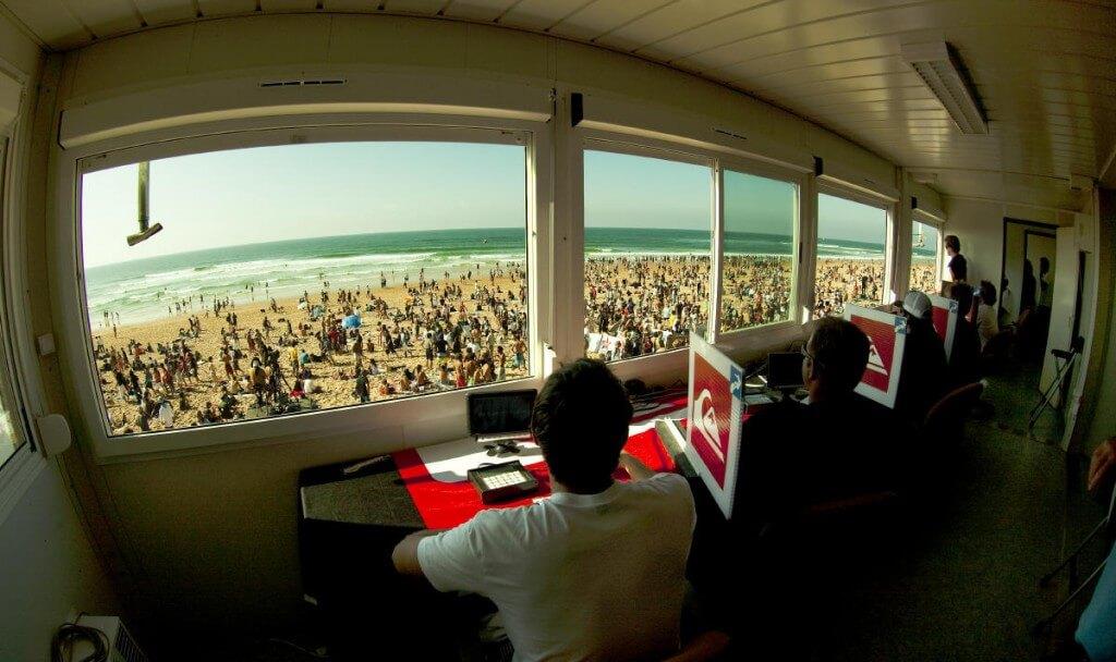 Cómo se puntúa las competiciones de surf del WSL?
